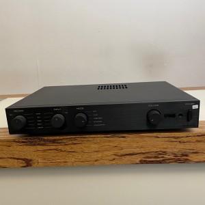 Audiolab 8200-A